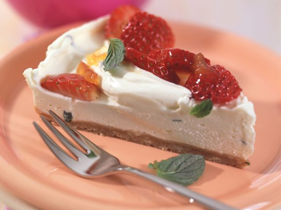 Cream Cheese Tart with Mint and Strawberries