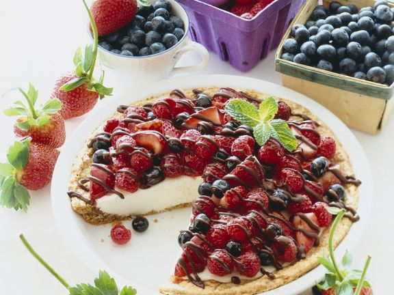 Cream Pie with Berry Topping