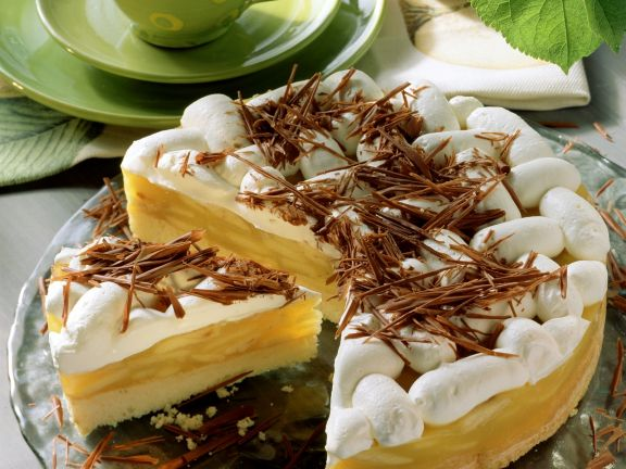 Cream Tart with Apple Filling and Shaved Chocolate