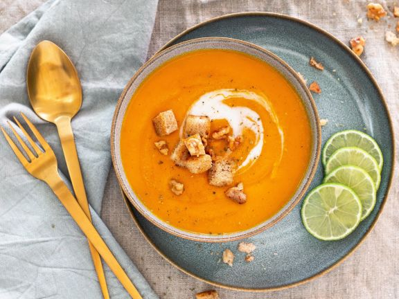 Creamy Carrot Sweet Potato Soup with Croutons