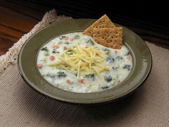 Creamy Cheddar Vegetable Soup