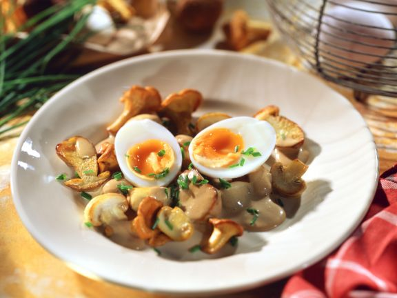 Creamy Mushroom Pan with Eggs