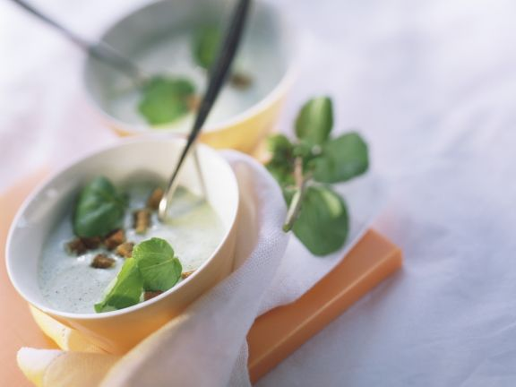 Creamy Watercress Soup with Croutons
