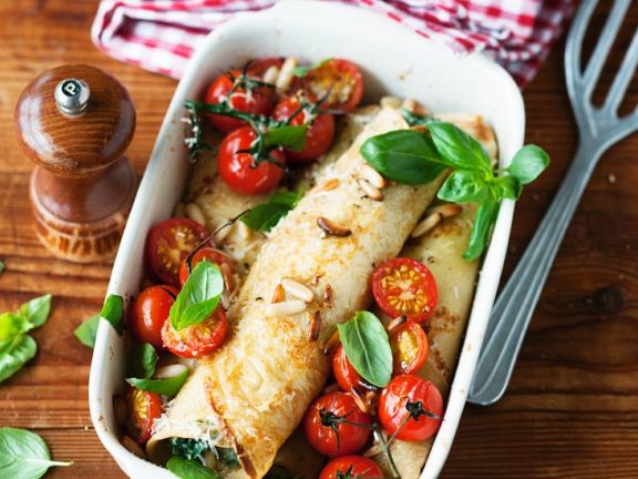 Crepes with Spinach, Tomatoes and Pine Nuts
