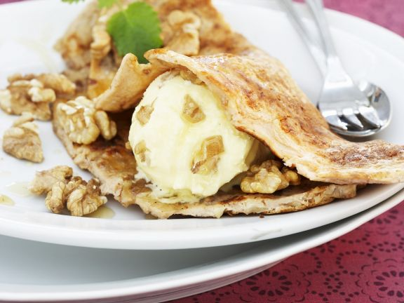Crepes with Walnuts
