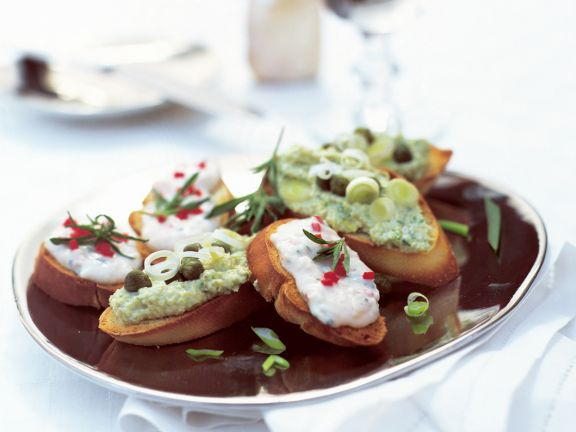 Crostini with Artichokes and Beans
