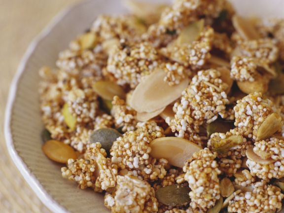 Crunchy Seed and Nut Cereal