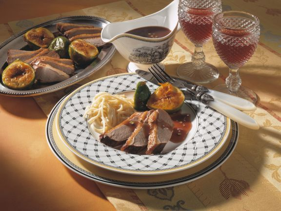 Duck Breasts with Red Wine Sauce and Figs