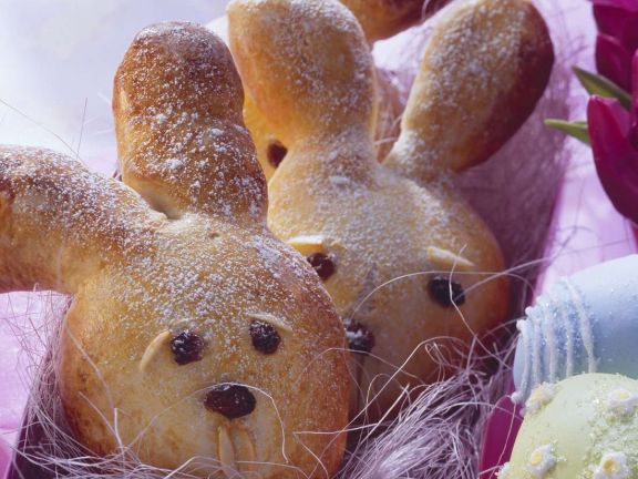 Easter Bunny Yeast Cakes