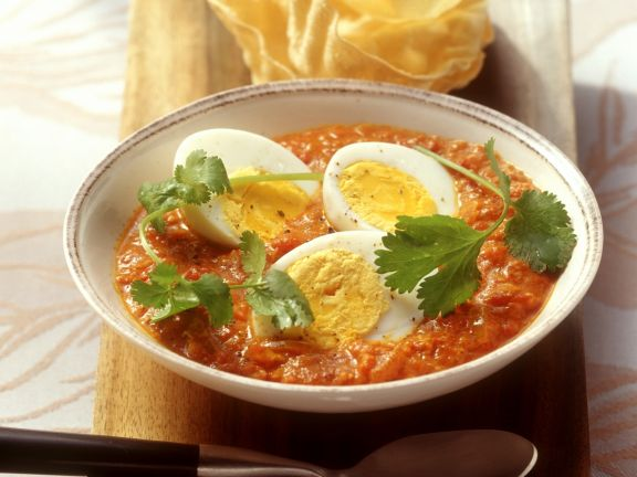 Egg in Tomato Curry Sauce