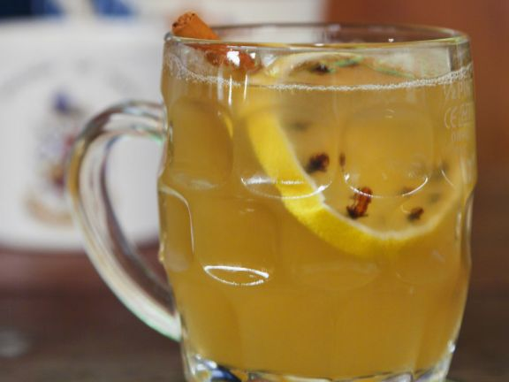 English Style Winter Cocktail (Hot Toddy)
