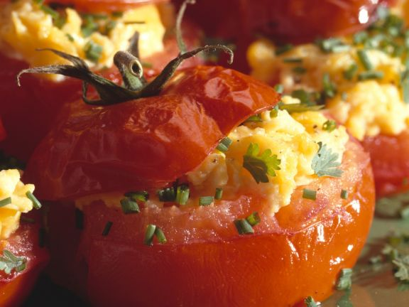 Filled Breakfast Tomatoes
