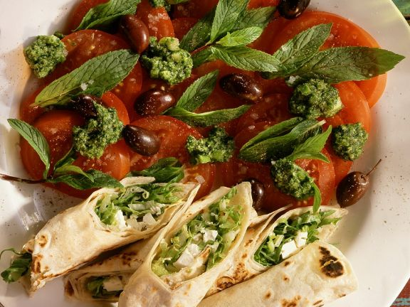 Flatbread Rolls with Tomatoes