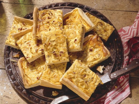 Flatbread with Onion Topping
