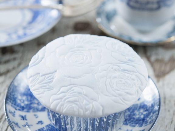 Fondant Flowerprint Cake