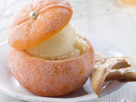 Fresh Orange Ice Cream in Oranges