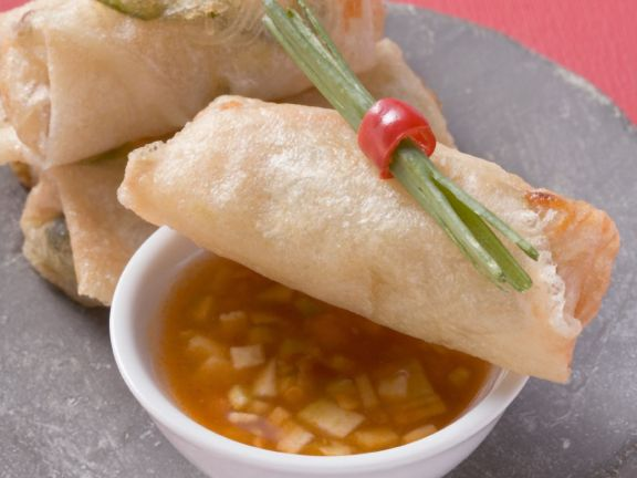 Fresh Vegetable Spring Rolls and Sweet Chili Sauce