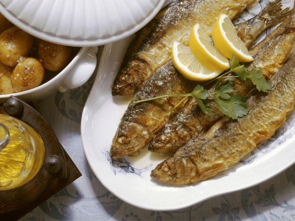 Fried Herring with Potatoes