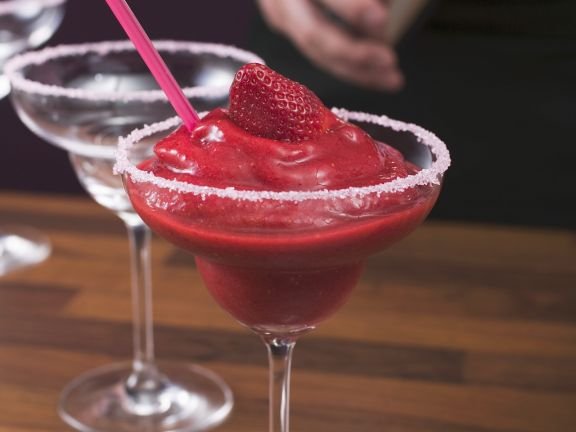 Frozen Strawberry Rum Cocktail