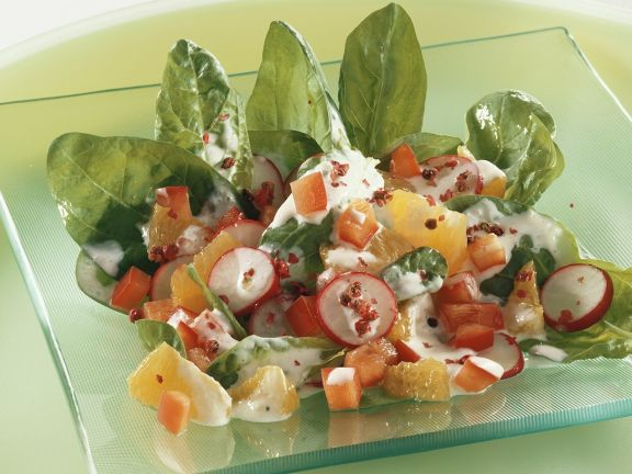 Fruity Spinach and Pepper Salad