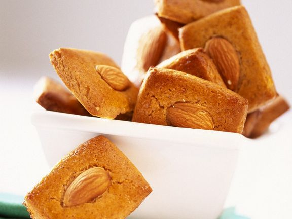 Gingerbread Cookies with Almonds