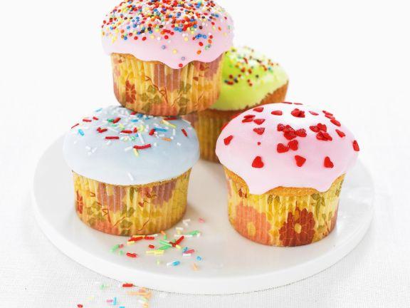Glace Iced Celebration Cakes