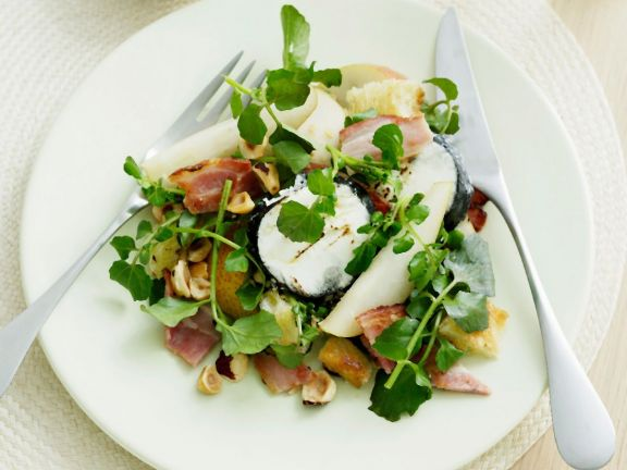 Goat Cheese, Pear, and Ham Salad