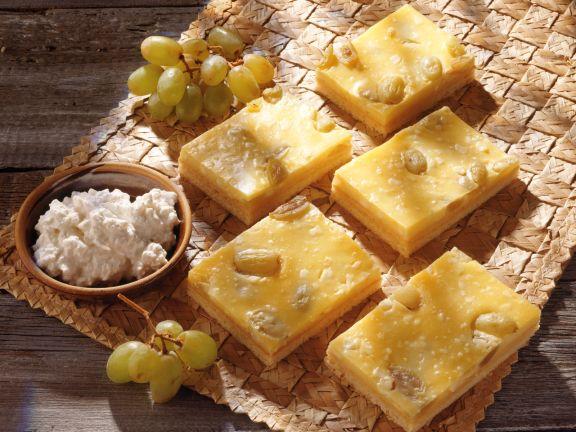 Grape and Vanilla Cream Squares with Shortbread Crust