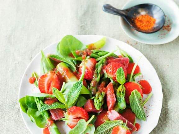 Green Asparagus and Strawberry Salad with Rhubarb