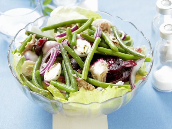 Green Bean Salad with Tuna and Beets