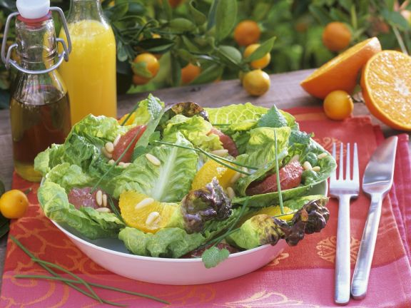 Green Salad with Grapefruit and Oranges