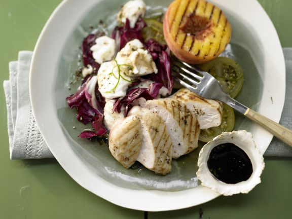 Chicken and Grilled Peach Salad