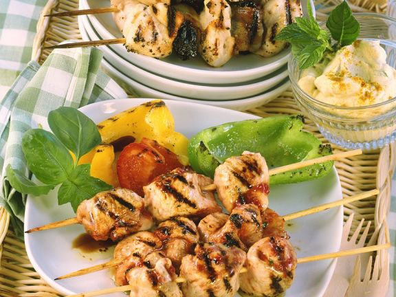 Grilled Chicken Skewers with Bacon, Plums and Peppers