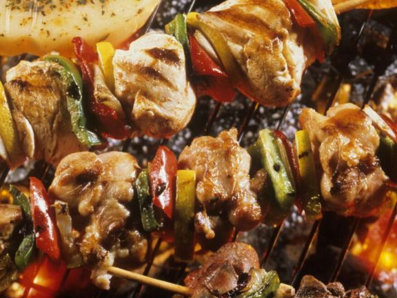 Grilled Chicken Skewers with Bell Peppers and Lemon