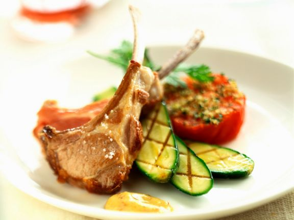 Grilled Lamb Chops with Zucchini and Tomatoes