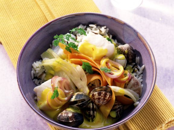 Haddock and Clam Stew with Fennel and Carrots