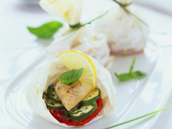 Halibut with Vegetables En Papillote