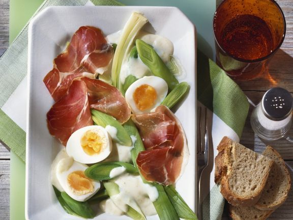 Ham and Eggs with Bechamel and Leeks