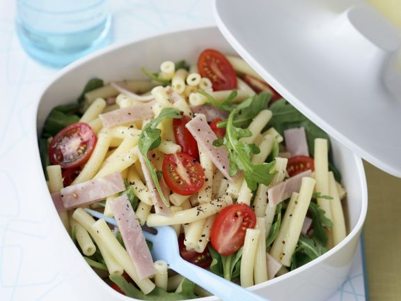 Ham Pasta Salad with Arugula and Tomatoes