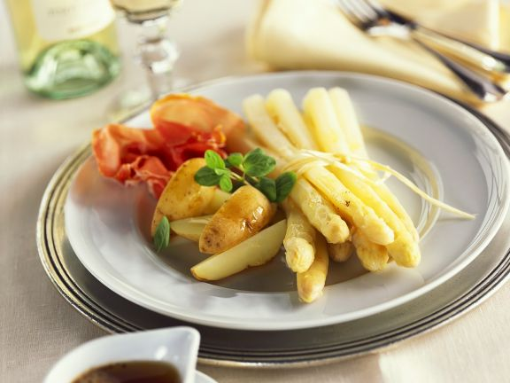 Ham, White Asparagus and Potatoes