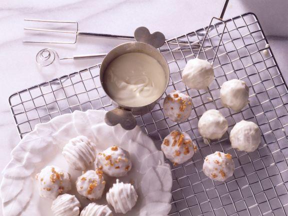 Hazelnut Cake Pops