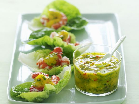 Healthy Prawn and Lettuce Bites