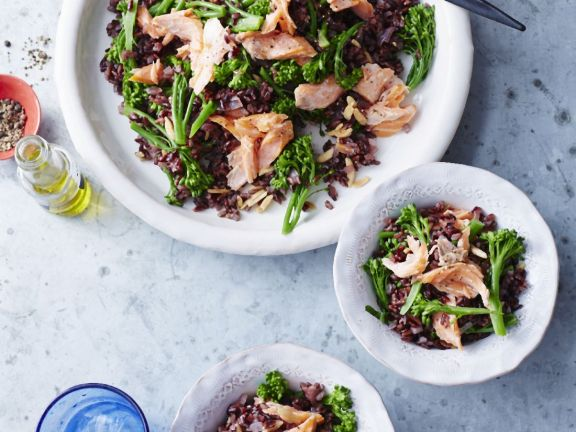 Healthy Salmon and Rice Bowls