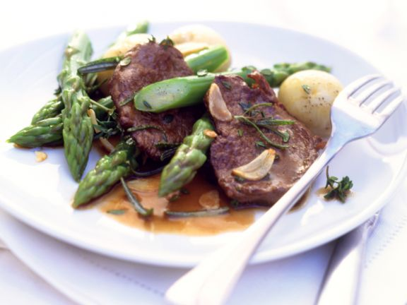Herbed Steak with Green Asparagus and New Potatoes