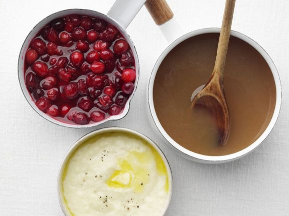 Holiday Sauces: Cranberry, Gravy, and Bread Sauce