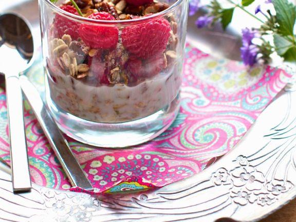 Homemade Muesli with Raspberries