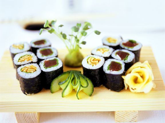Hoso-maki Sushi