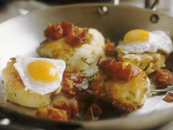 Individual Rosti with Bacon and Quail Eggs