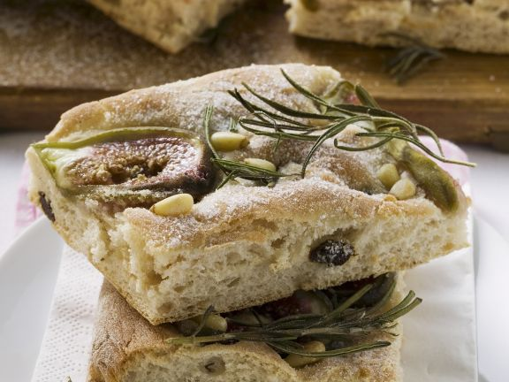 Italian Flatbread with Figs, Rosemary and Pine Nuts