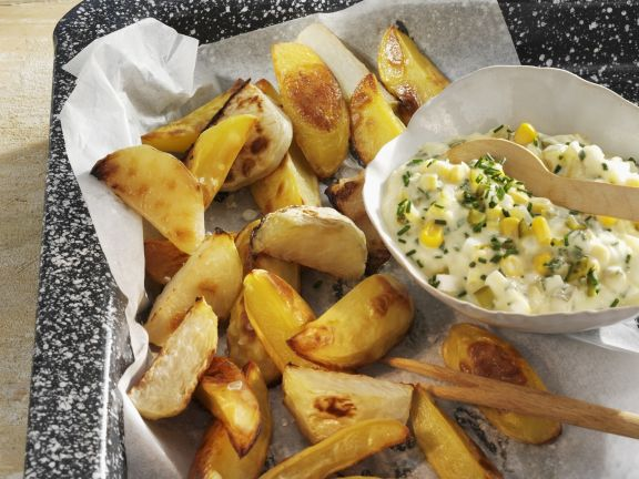 Kohlrabi and Potato Wedges with Corn Salad